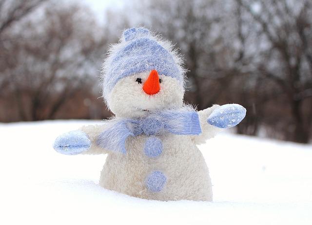 Jak ubierać niemowlaka zimą?
