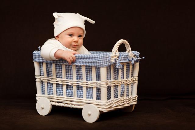 wyprawka-dla-niemowlaka-co-musi-sie-w-niej-znalezc