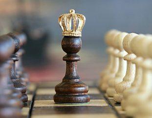 gra-w-szachy-korzysci-zalety-dlaczego-warto-uczyc-dzieci-gry-w-szachy