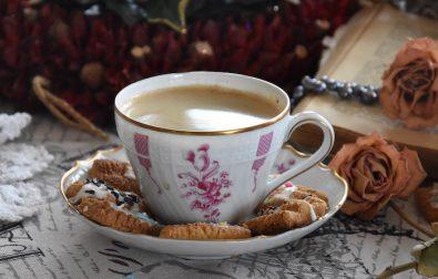 ekspres-przelewowy-do-kawy-4-przyczyny-dla-ktorych-warto-kupic-to-urzadzenie-do-naszej-kuchni